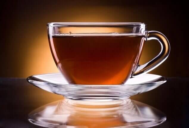 黒烏龍茶の成分と効能