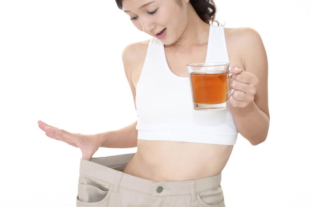 黒烏龍茶(黒ウーロン茶)の効能解説【痩せたい女性が飲むべきお茶】